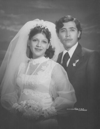 10122017 Ma. Guadalupe Blanco y Gerardo Rimada el 9 de diciembre de 1977.