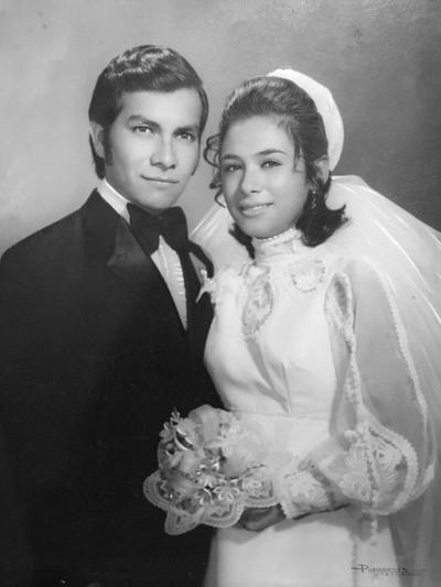 10122017 José Francisco Castro Ramos y María Guadalupe Lozano del Río celebrando su 45 aniversario de bodas desde el 9 de diciembre de 1972
