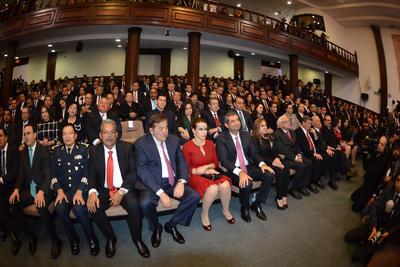 Fueron invitadas distintas personalidades del ámbito político.