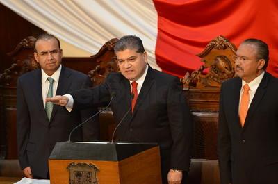 Miguel Riquelme rindió protesta como gobernador de Coahuila.