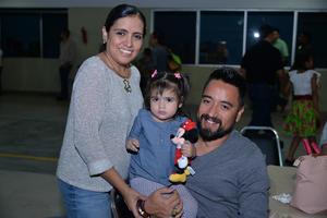 02122017 EN FAMILIA.  Madaí, Andrea e Israel.