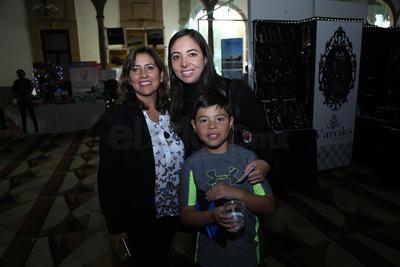 Katy,Ileana y Santiago.