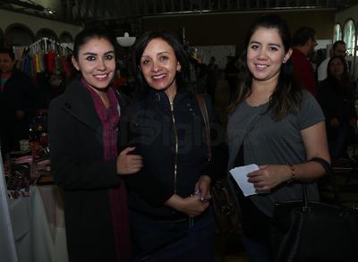 Diana Carcaño, Marina Zamora y Gisela Carcaño.