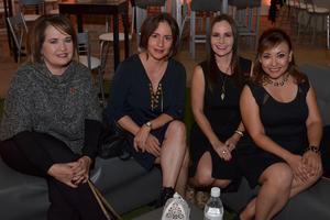 04122017 Nuri, Coco, Claudia y Anilú.