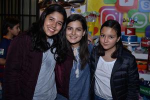 05122017 AMIGAS.  Michelle, Ana Pao y Athena.