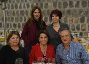 06122017 María del Carmen Galván de Garza, Mary Carmen Garza, Jesús María Galván, María Magdalena Treviño de Galván y Carmen Treviño de Galván.
