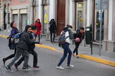 Se reportó la suspensión de clases en al menos 14 municipios de Durango.