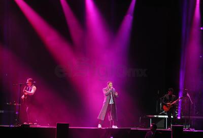 Los artistas hicieron un recorrido de sus éxitos, además presentaron temas incluídos en su más reciente producción discográfica que da título a dicho tour.