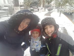 09122017 Berenice con sus hijos, Bernardo y Vidal.
