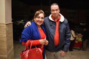 09122017 EN PAREJA.  Rosy y Héctor.