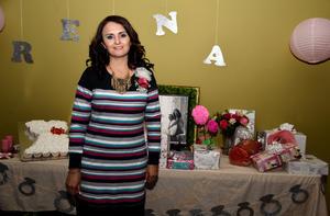 11122017 POR CASARSE.  Reyna Collazo García, captada en su fiesta de despedida.