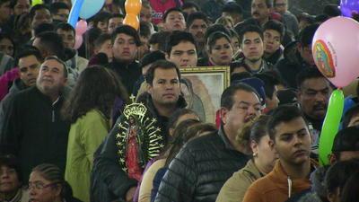 Laguneros mostraron su devoción a la Virgen.