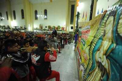 Bandas musicales participaron en los festejos.
