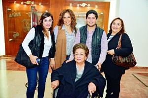 12122017 Dora, Alejandra, Diego, Paty y Dora.