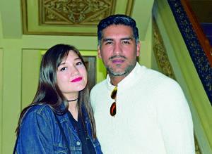 12122017 Andrea Valeria y César.