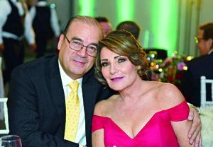 12122017 Javier Berumen y Bety Sánchez.