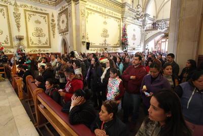 Miles de mexicanos celebraron el Día de la Virgen de Guadalupe.