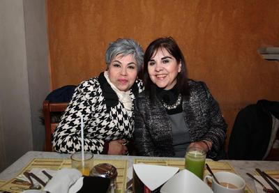 Elba Judith Moreno y Vicky Ruiz.