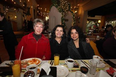 Yolanda Sánchez, Susana Perrusquia y Martha Carrera.