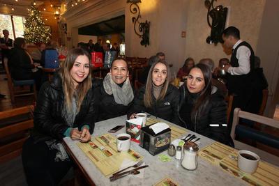 Nubia Castañeda, Marisol Rosales, Maricela Pérez y Malú Soto.