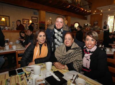 Judith Valdéz, Lupita Trujillo, Irene Morales y Violeta Nájera.