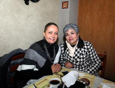 Ana María Aguilera y Elba Judith Moreno.