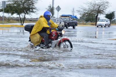 El frío se sigue sintiendo en La Laguna, y a éste se sumaron las lluvias.
