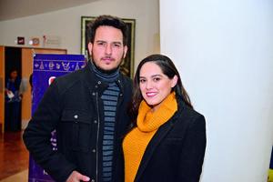 17122017 Chuy y Valeria.
