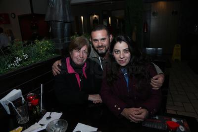 Lupita, Jazmín y Alejandro.