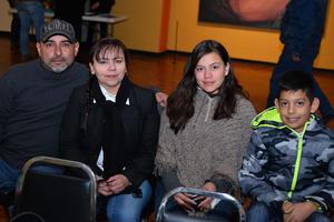 19122017 Abel, Verónica, Nadia y Jair.