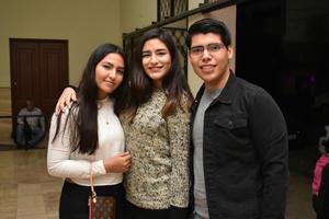20122017 Katia, Litzy y Edgardo.