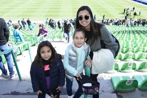 20122017 Susana, Paulina y Mina.
