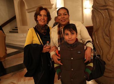 Graciela, Adriana y Rogelio.