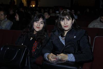 Sandra y Montserrat.
