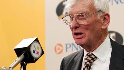 13 de abril.  Dan Rooney | Presidente y propietario del equipo de fútbol americano Pittsburgh Steelers de la NFL, falleció a los 84 años.