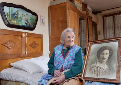 15 de abril.  Emma Morano | Considerada la mujer más longeva del mundo, murió a los 117 años de edad, siendo la ultima persona nacida en el siglo XIX.