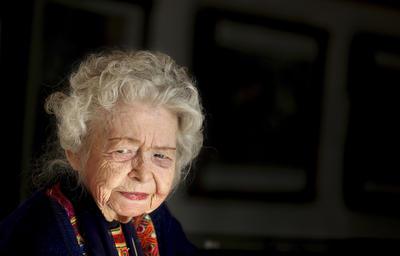 10 de septiembre. Nancy Dupree | Arqueóloga y antropóloga estadounidense, especializada en la cultura de Afganistán, falleció a los 89 años.