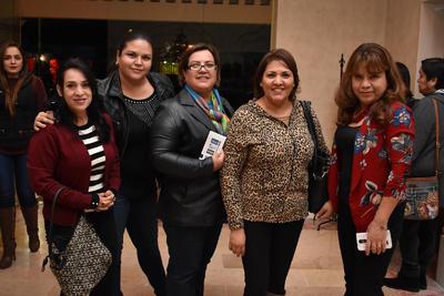 21122017 Gloria, Marcela, Ludy, Esther y Amparo.