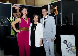 21122017 EN RECIENTE EVENTO.  Candy Arredondo, Patricia Ramírez y Pineda Damián.