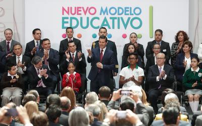 13 de marzo. Modelo | El presidente Enrique Peña Nieto, y el secretario de Educación Aurelio Nuño presentan el nuevo modelo educativo que entrará en vigor en el siguiente ciclo escolar.