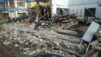 07 de septiembre. Sismo | Se registra un terremoto de magnitud 8.2 a 137 kilómetros de Pijijiapan, Chiapas; deja más de 60 muertos y daños en diversos estados.