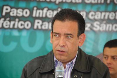 05 de abril. Separación | Sin proceso de por medio aunque existe una petición de expulsión, el exgobernador de Coahuila Humberto Moreira deja de pertenecer al PRI, según la dirigencia de este partido.