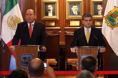 01 de agosto. Transición | El gobernador Rubén Moreira Valdez y el gobernador electo Miguel Riquelme encabezaron la primera reunión de trabajo del equipo de transición de entrega-recepción en el Gobierno de Coahuila.