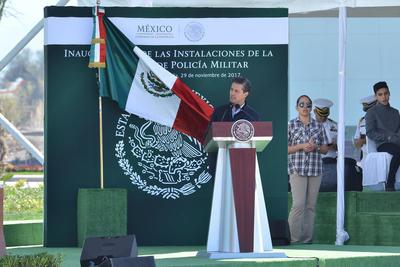 29 de noviembre. Cuartel | El presidente Enrique Peña Nieto visitó La Laguna para inaugurar el cuartel militar de San Pedro.