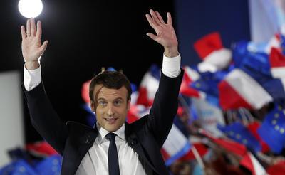 07 de mayo. Elecciones | En Francia, se celebra la segunda vuelta de las elecciones presidenciales y Emmanuel Macron vence a Marine Le Pen.