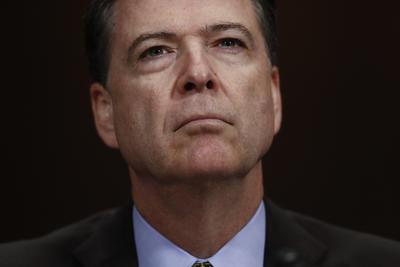 09 de mayo. Despido | El presidente Donald Trump despide al director del FBI, James Comey.