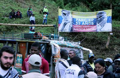 27 de junio. Desarme | Las FARC completan definitivamente el proceso de desarme, con lo que dejan de ser una organización armada.