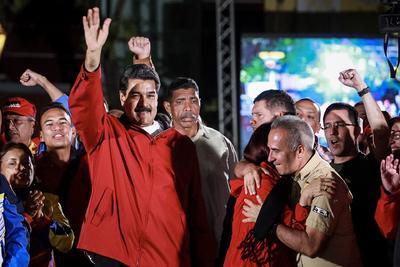 30 de julio. Elecciones | Se llevan a cabo elecciones para elegir una Asamblea Nacional Constituyente en Venezuela, la cual se encargará de redactar una nueva Constitución.