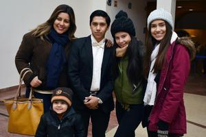 22122017 Santiago, Paola, Carlos, Andrea y Aracely.