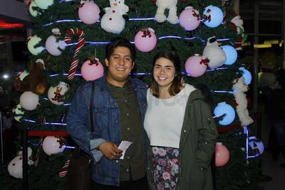 Eduardo Palacios y Paola Monsivais.